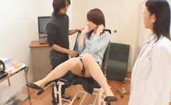 Japanese teen gets pussy toyed