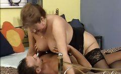 Nasty mature whore gets horny sucking